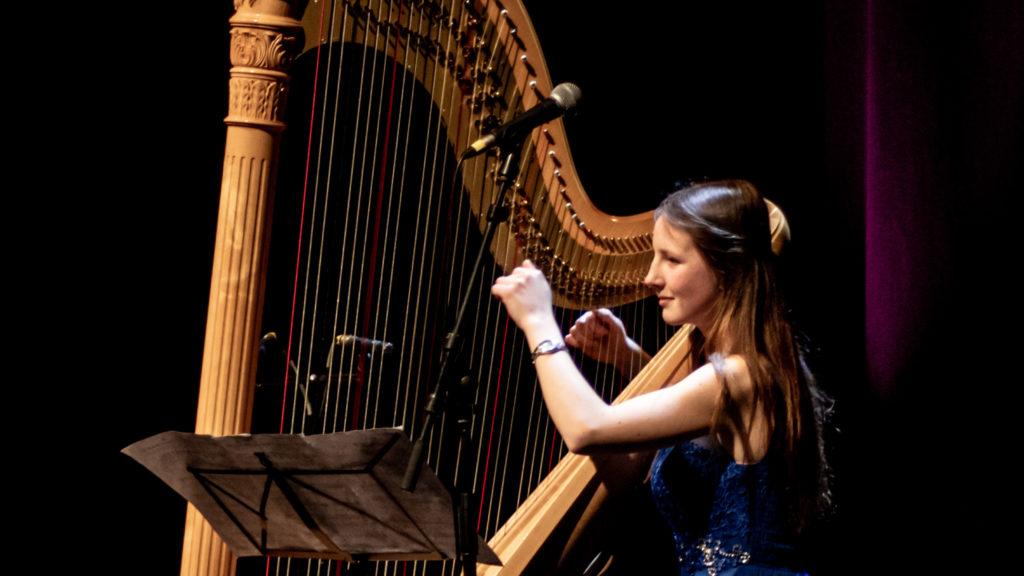 Concert en l'église Saint-Martin de Mignault > Equithéa (déclamation) & Juliette Gauthier (grande harpe)